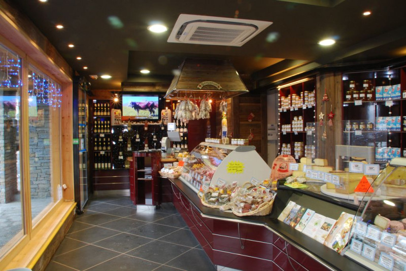 magasin-megeve-coop-val-d-arly-493