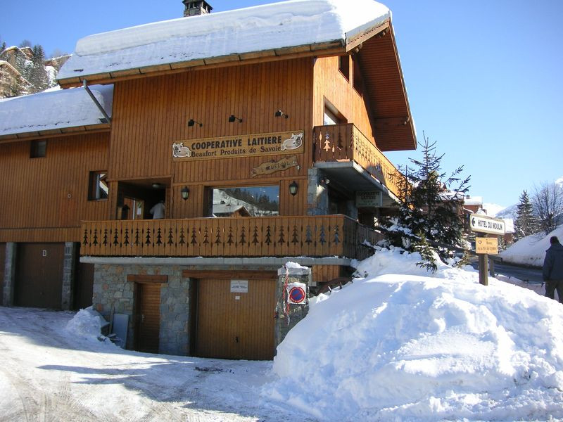 mout-meribel-ext-370
